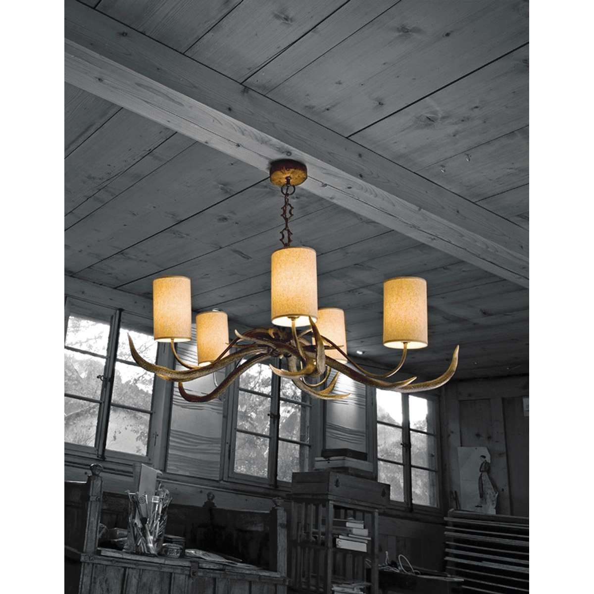 Antler 5 Light Rustic Pendant complete with Shades