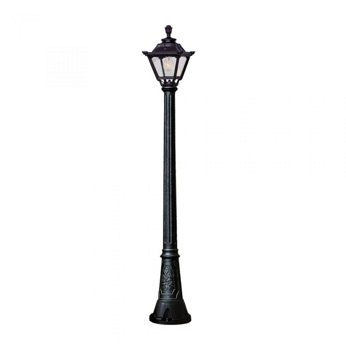 Artu / Golia Medium Height Single Post Light