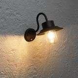 Chesham PIR 1lt wall IP44 40W Black
